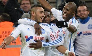 Dimitri Payet félicité après son but contre Metz au Vélodrome, le 7 décembre 2014.