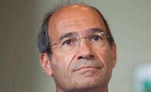 Eric Woerth en visite dans une entreprise de Beauvais sur le  thème de l'emploi des jeunes, le 26 août 2011.