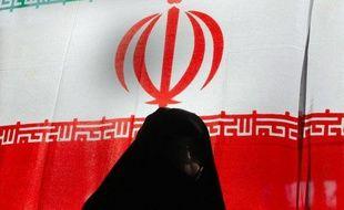 Les Etats-Unis ont annoncé lundi avoir ajouté la banque iranienne Bank Tejarat, disposant d'une agence à Paris, à leur liste noire des sociétés sanctionnées pour leur soutien au programme nucléaire de la République islamique d'Iran.