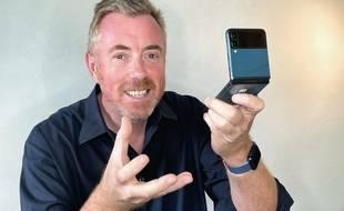 La Galaxy Z Flip 3 lancé à partir de 1059 euros.