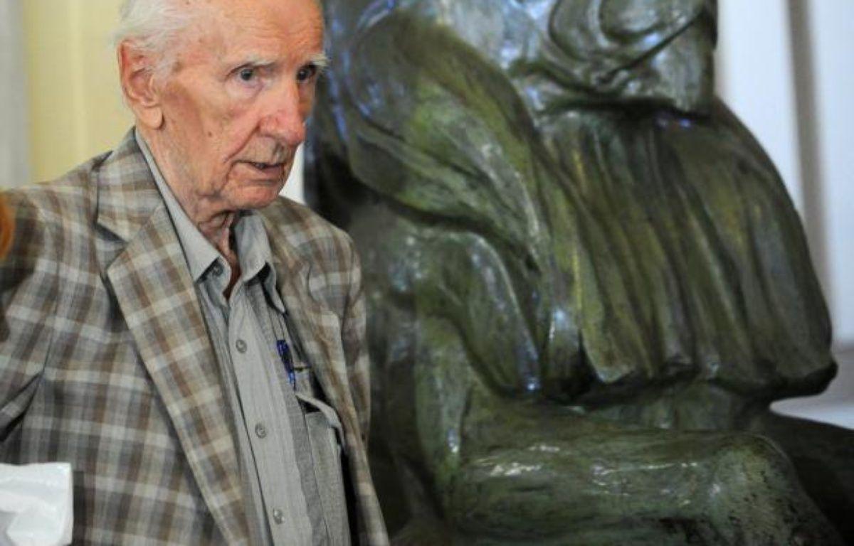 L'audition du criminel de guerre nazi Laszlo Csatary, âgé de 97 ans, prévue initialement pour jeudi matin, a été reportée d'une semaine, ont indiqué jeudi son avocat et le parquet de Budapest à l'AFP. – Attila Kisbenedek afp.com