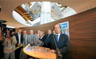 François Hollande était hier en déplacement à Savigny-le-Temple, en Seine-et-Marne.