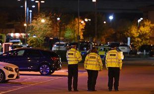 Prise d'otages à Bermuda Park Nuneaton à l'est de Birmingham (Angleterre)
