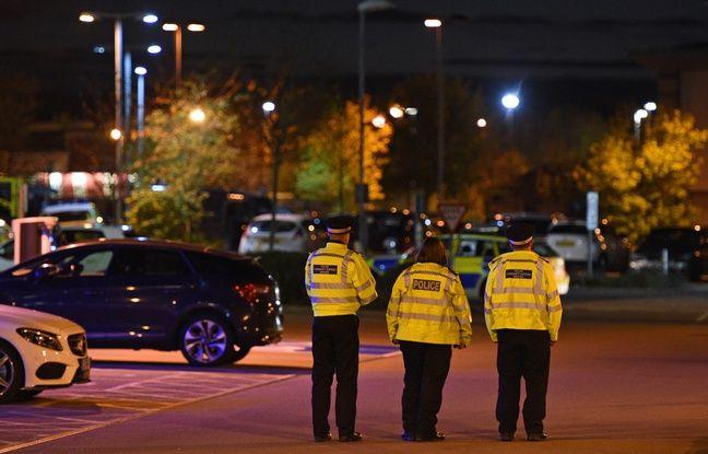 nouvel ordre mondial   Angleterre: Prise d'otages dans un bowling, le suspect interpellé