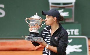 L'Australienne Ashleigh Barty a remporté son premier tournoi du Grand Chelem à Roland-Garros, le 8 juin 2019.