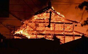 Le château de Shuri en flammes dans l'archipel japonais d'Okinawa, le 31 octobre 2019.