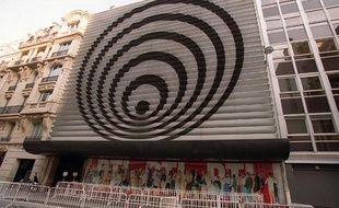 La façade de la radio RTL, rue Bayad, à Paris.