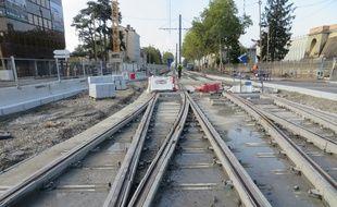 La ligne de tramway T6 à Lyon permettre de relier les villes de Bron et Vénissieux en 21 minutes.
