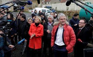 Valérie Pécresse ne laisse même pas la couleur rouge à Laurent Wauquiez