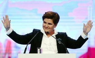 Pologne: Beata Szydlo, désignée par son parti eurosceptique comme future Première ministre en cas de victoire aux élections législatives, le 20 juin 2015 à Varsovie