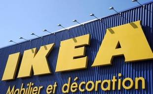 Le géant suédois de l'ameublement Ikea va investir plus de 100 millions d'euros dans un vaste projet comprenant un magasin de 40.000 m2 mais aussi 10.000 m2 de logements, un îlot urbain dessiné par l'architecte français Jean-Michel Wilmotte dans un futur éco-quartier de la métropole niçoise, a-t-on appris samedi auprès de la mairie de Nice.