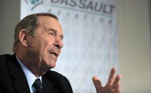 Charles Edelstenne a fait du constructeur du Rafale un pilier de l'industrie française de la défense. Il va prendre la tête de l'empire Dassault.