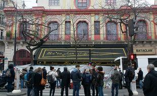 Trois semaines après les attentats, la fausse victime a sollicité leFonds de garantie des victimes de terrorisme, qu'elle a relancé ensuite à sept reprises