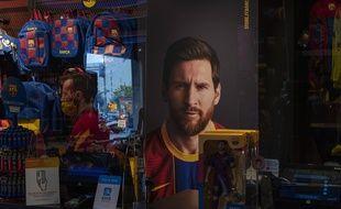 Un poster de Messi portant encore les couleurs du Barça, à Barcelone le 1er septembre 2020.