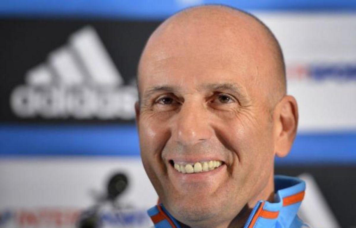 """Elie Baup, nommé mercredi entraîneur de Marseille (Ligue 1), a déclaré qu'il se sentait """"plus costaud"""" grâce à son travail de consultant à la télévision et s'est dit """"impatient"""" de démarrer, lors d'une conférence de presse jeudi à Crans-Montana, où l'OM est en stage. – Fabrice Coffrini afp.com"""