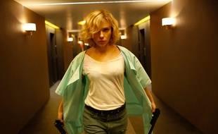 Scarlett Johansson dans le film de Luc Besson, Lucy