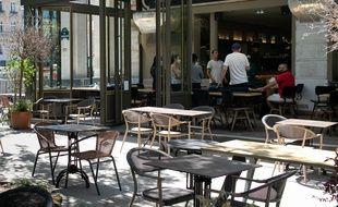 Une terrasse d'un restaurant à Paris, le 30 mai 2020.
