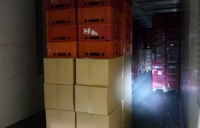 Le tabac à rouler était placés dans 69 cartons situés à l'avant de la remorque