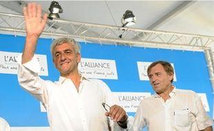 Hervé Morin (à g.) fera savoir sa décision concernant la présidentielle en janvier.