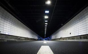 La vitesse est limitée à 70 kilomètres/ heure sous le tunnel de Fourvière.