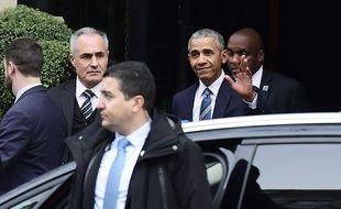 Barack Obama à Paris le samedi 2 décembre 2017.