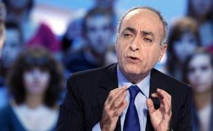 La Cour de cassation se prononcera le 21 mars sur la requête de l'homme d'affaires franco-libanais Ziad Takieddine demandant le dessaisissement des juges qui instruisent le volet financier de l'affaire Karachi, une requête à laquelle s'oppose le parquet général.