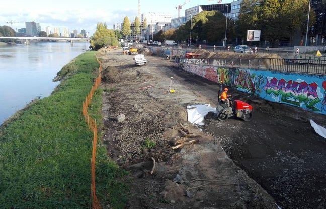 Les travaux des berges nord de l'île de Nantes ont débuté par le quai Doumergue, entre les lignes de tramway et de busway.
