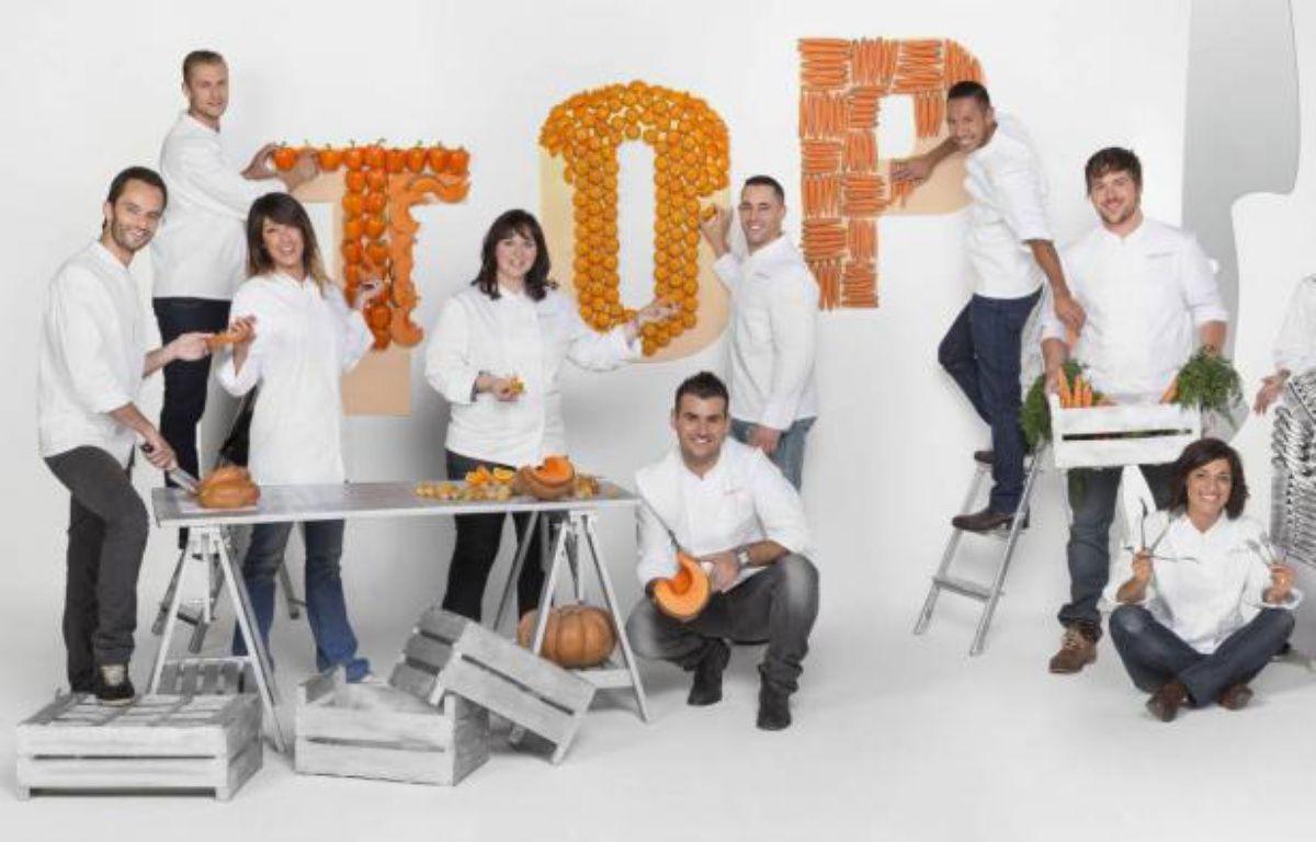 Une partie des candidats de la 4ème saison de Top Chef. – ©Julien Knaub/M6