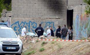Les enquêteurs sur les lieux d'un règlement de comptes à Marseille en 2013.