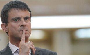 Le ministre de l'Intérieur, Manuel Valls, a dénoncé dimanche, sur France 2, la manifestation anti-américaine tenue la veille près de l'ambassade des Etats-Unis à Paris, qui a donné lieu à l'interpellation de 150 personnes protestant contre une vidéo islamophobe.
