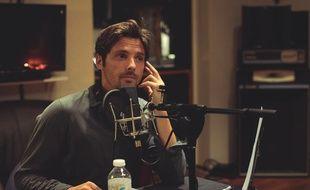 Pour «L'Employé», Raphaël Personnaz enregistrait chaque jour un épisode d'une vingtaine de minutes.