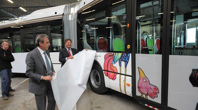 photos strasbourg les bus et les trams de la cts inspirent les artistes. Black Bedroom Furniture Sets. Home Design Ideas