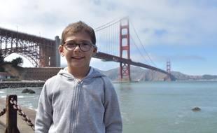 Louis, 10 ans, a été opéré d'une malformation très rare de l'oreille