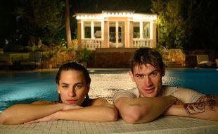 Solène Hebert (Margaux) et Victor Meutelet (Anthony) dans « Grand Hôtel ».