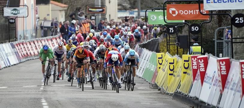 L'arrivée de la 5e étape de Paris-Nice,  La Cote-Saint-André, le 12 mars 2020.