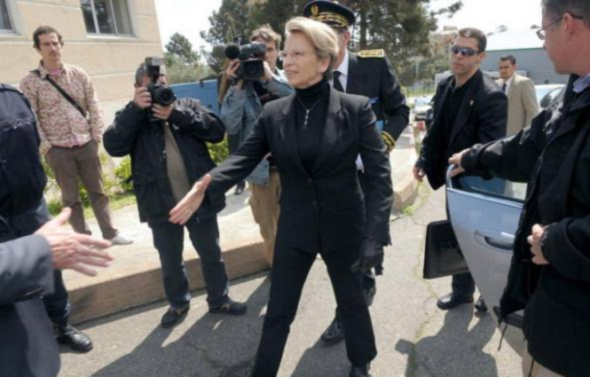 Michèle Alliot-Marie à Bastia le 5 avril 2009 – AFP PHOTO STEPHAN AGOSTINI