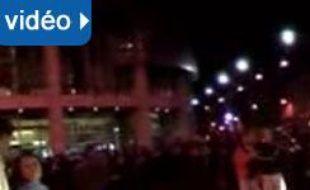 Vidéo : les CRS et les manifestants place de la batsille, le 6 mai 2007 après la victoire de Sarkozy.