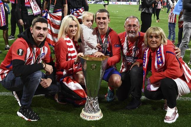 La famille Griezmann fête la victoire en Ligue Europa de l'Atlético Madrid, le 16 mai 2018.