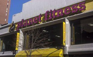 L'une des salles de sport de la chaîne Planet Fitness àNew York aux Etats-Unis.