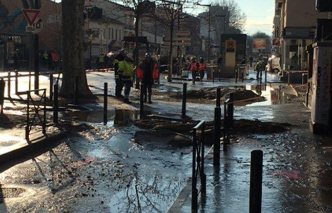 L'eau a dévalé dans la Station de métro Saint-Agne causant d'importants dégâts.