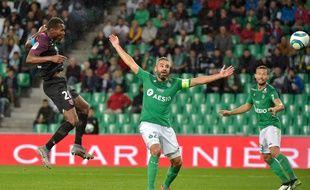 Loïc Perrin constate, impuissant, l'ouverture du score du Messin Habib Diallo mercredi soir. L'ASSE est plongée pour de bon dans la crise. ROMAIN LAFABREGUE