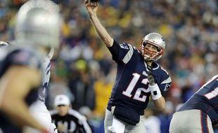 Tom Brady, le QB des Patriots, ici en action contre les Colts, le 18 janvier 2015.