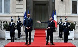 Edouard Philippe et Gérard Collomb lors de la passation de pouvoir entre les deux hommes au ministère de l'Intérieur, le 3 octobre 2018.