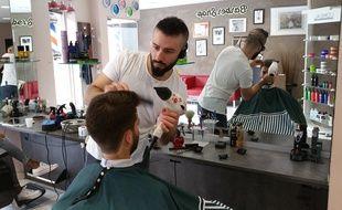 Football: Avant le grand soir, on s'est offert une coupe avec le coiffeur des joueurs du Racing club de Strasbourg