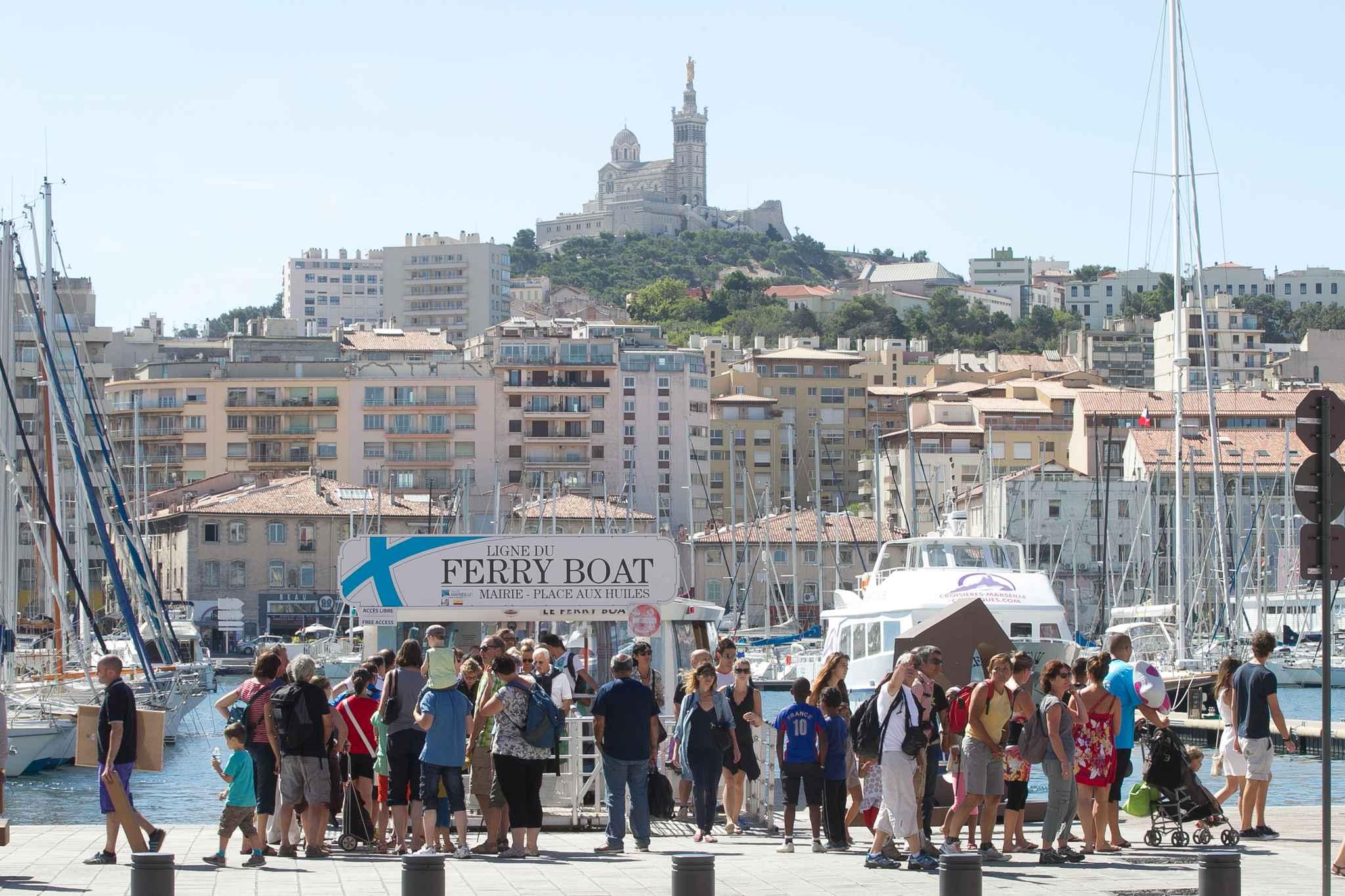 Marseille airbnb s offre un joli succ s en ville - Office du tourisme marseille vieux port ...