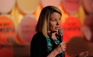Le groupe internet américain Yahoo! a offert un pont d'or à sa nouvelle directrice générale Marissa Mayer pour la décider à quitter Google dont elle était l'une des dirigeantes: plus de 90 millions de dollars sur cinq ans.