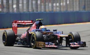 Le Français Jean-Eric Vergne (Toro Rosso) a été pénalisé de 25.000 euros et de 10 places sur la grille de départ du prochain Grand Prix de la saison 2012 suite à son accrochage dimanche, au GP d'Europe de Formule 1, avec le Finlandais Heikki Kovalainen (Caterham).