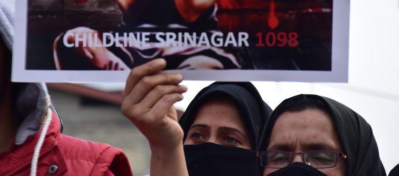 Manifestation en Inde le 19 avril 2018 après le viol collectif et le meurtre d'une fillette de 8 ans.