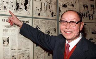 Photo prise le 28 janvier 1989 au festival de bande dessinée d'Angoulême du sculpteur et peintre Tchang Tchong-Jen, qui a inspiré  Hergé,
