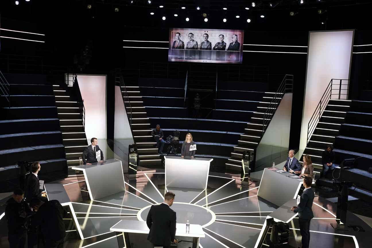 Macron passe à l'offensive à Bercy — Présidentielle